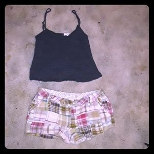 Cute plaid shorts and crop top madwell outfit